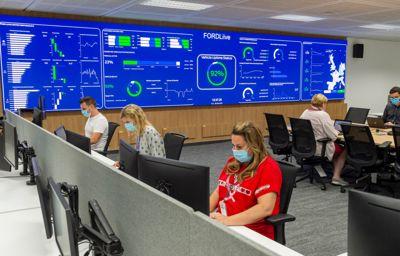 Les premiers FORDLiive Center sont désormais opérationnels et réduisent déjà le temps d'immobilisation des véhicules d'entreprises