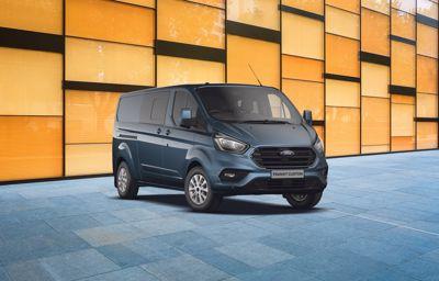 Nouveau Ford **Transit Custom** 280 L1H1 Trend Business EcoBlue Diesel à partir de 199€ HT/mois (1)