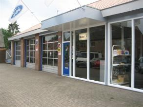 Ford Garage Wilp Zijkant